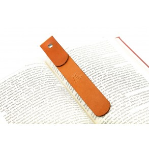 Studded Bookmark in Natural/Brown